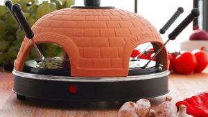 Runder Uratec Pizza-Ofen mit Terracotta-Deckel
